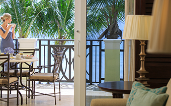 Kimpton Vero Beach Hotel & Spa guest room